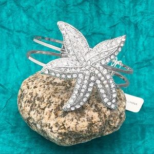 Large Starfish Rhinestone Hinged Bangle Bracelet
